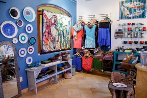 Cori Jacobs Gallery in Sayulita; paintings, ceramics and clothing