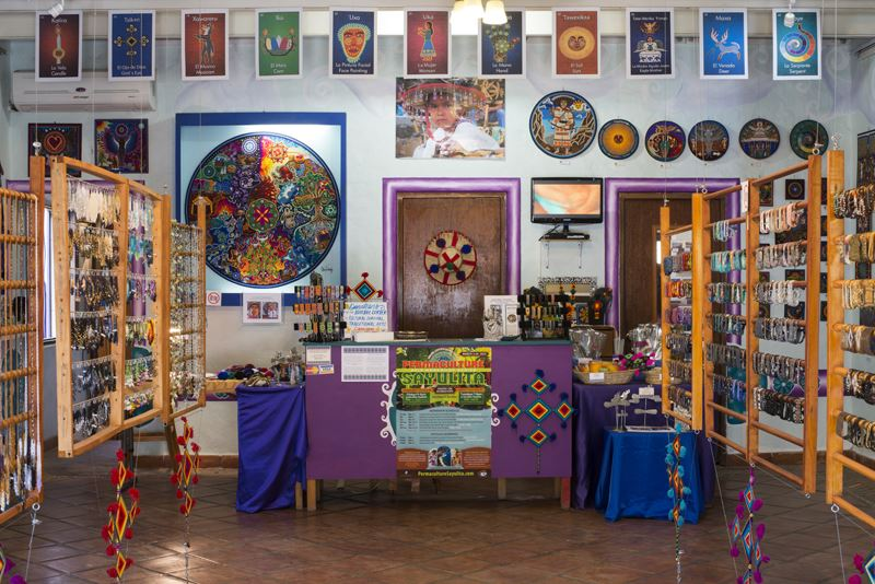 Galeria Tanana offering handmade beaded jewelry from the Huichol tribe