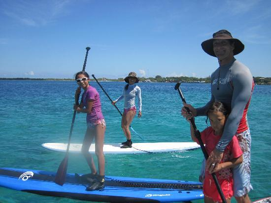 sayulita stand up paddle family