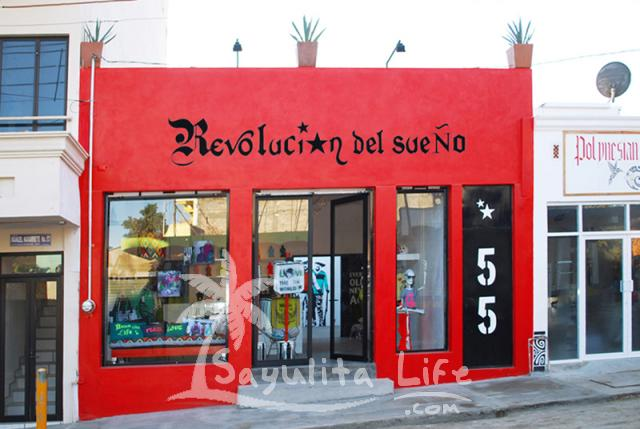Revolucion del Sueno in Sayulita a unique fashion boutique